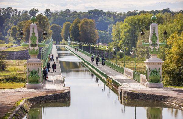 Sur le Pont-canal de Briare